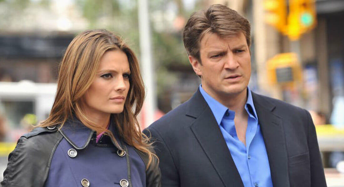 Stana-Katic-and-Nathan-Fillion-in-Castle-1-101829-40348.jpg
