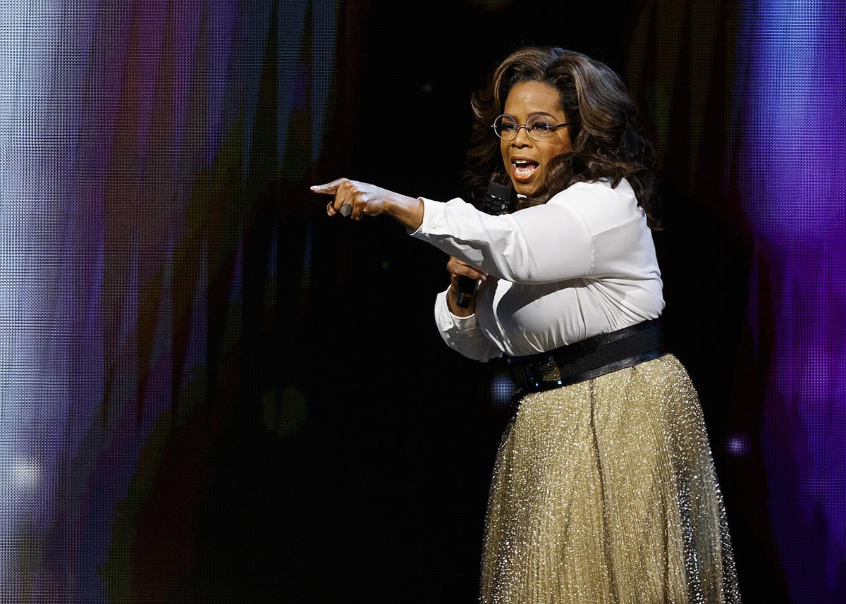 finger point oprah