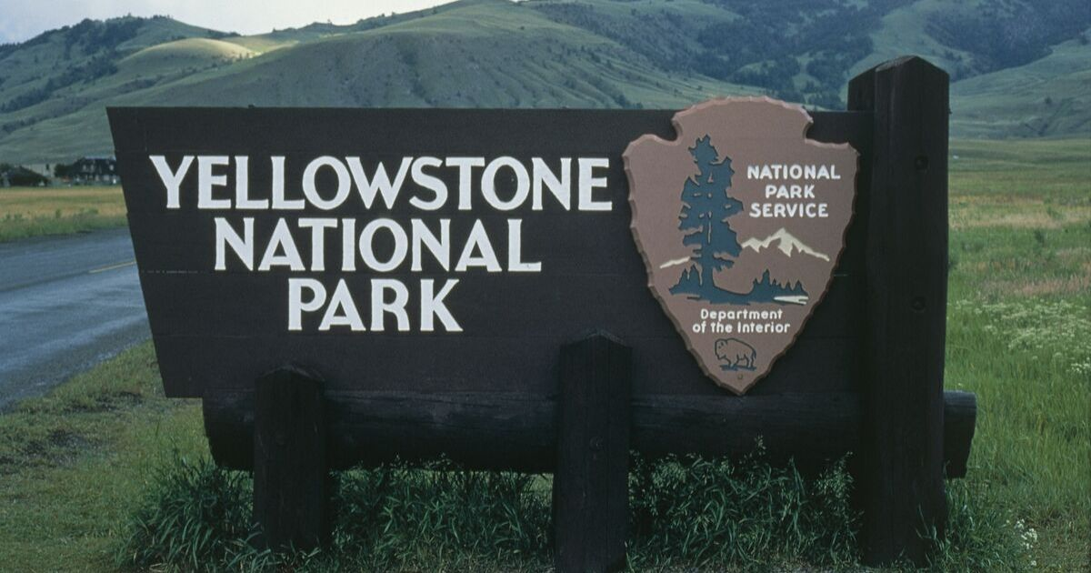 The Yellowstone National Park Sign