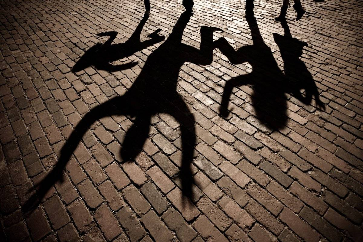 family-jump-shadow