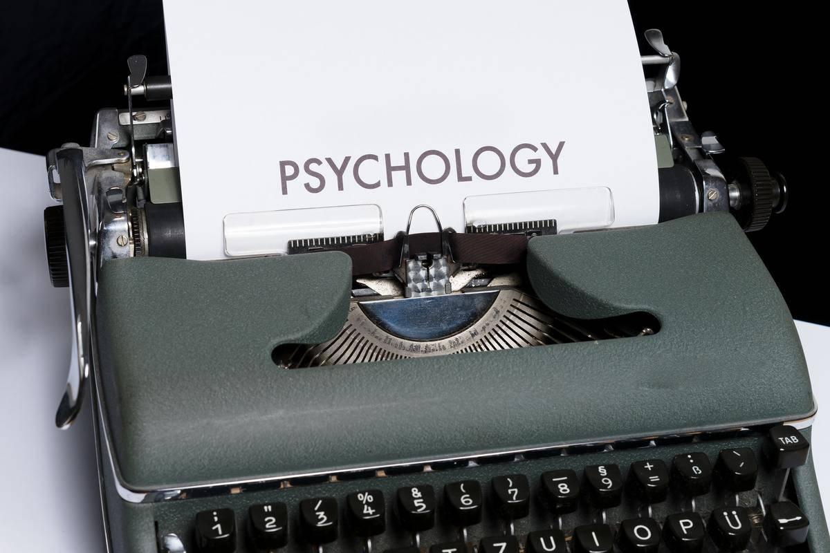 psychology on type writer