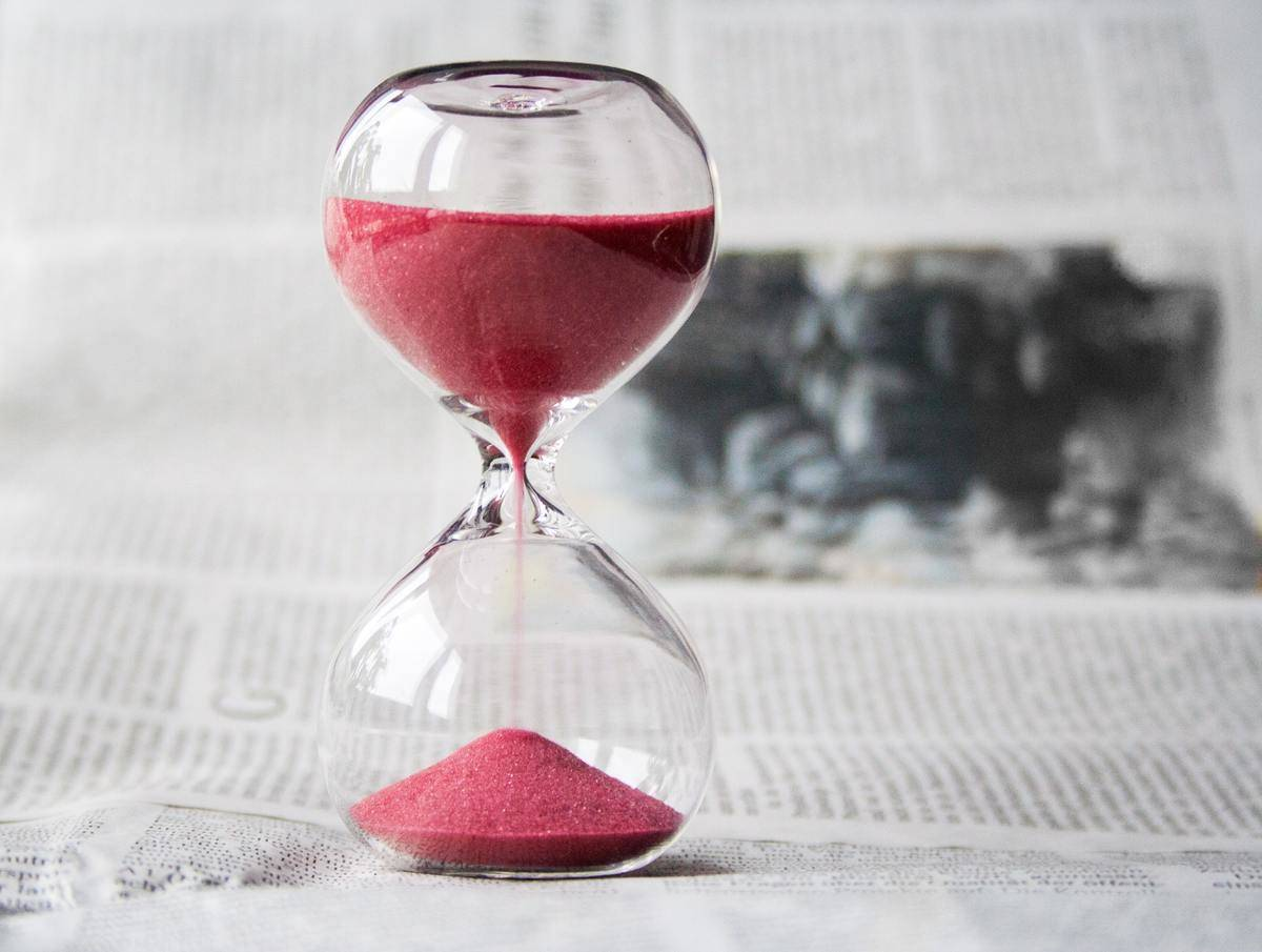 sand clock runs down