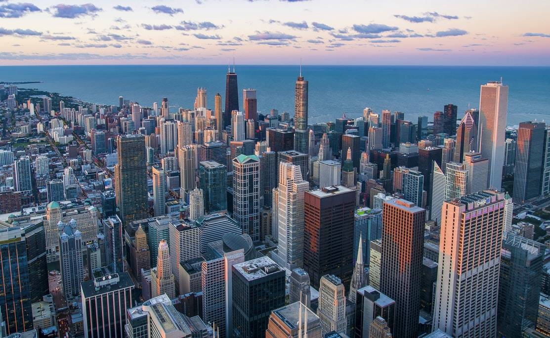skyline Chicago, United States focused on the Willis Tower Skydeck