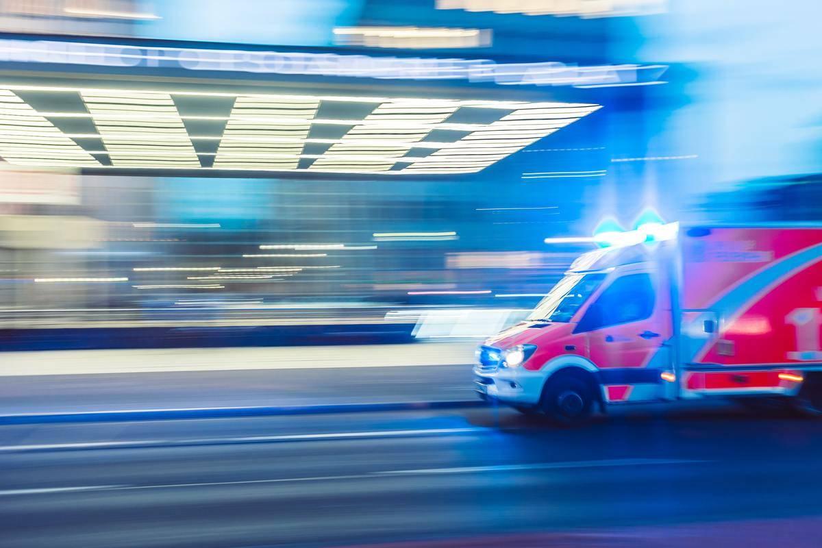 Ambulance driving light