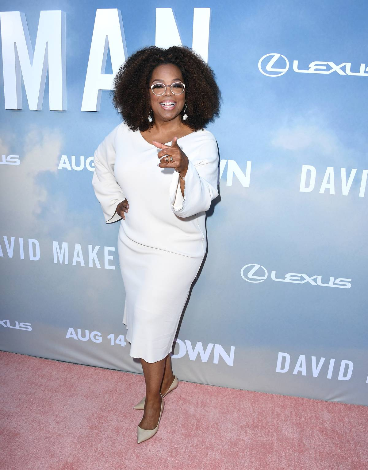 LOS ANGELES, CALIFORNIA - AUGUST 06: Oprah Winfrey arrives at the Premiere Of OWN's